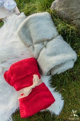 iceland-wedding-rental-wool-blankets