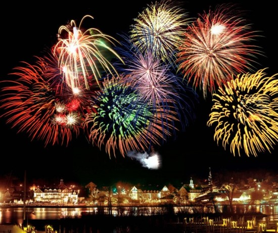 New Years Eve in Iceland - how to plan for the night out in Reykjavik. Fireworks, bonfires, and more!