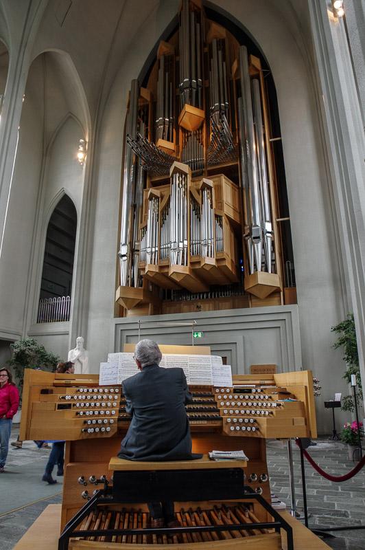 hallgrims church organ concert