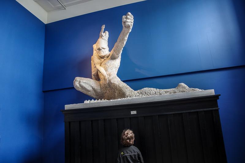 kid huge sculpture - Copy