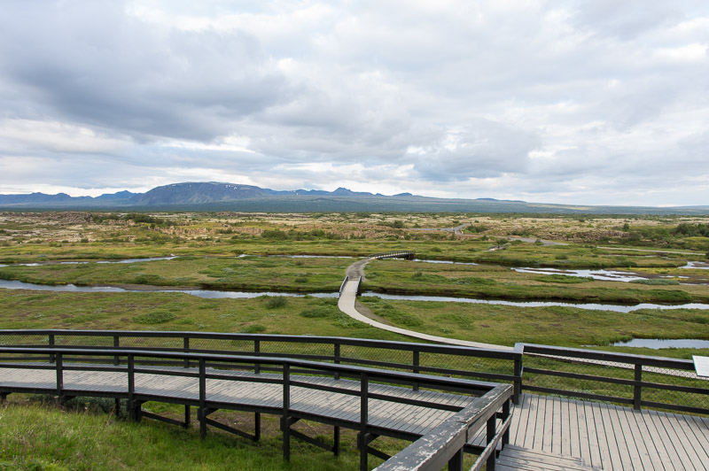 12 thingvellir law rock vista