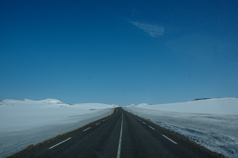 snow-on-mountain-pass-iceland