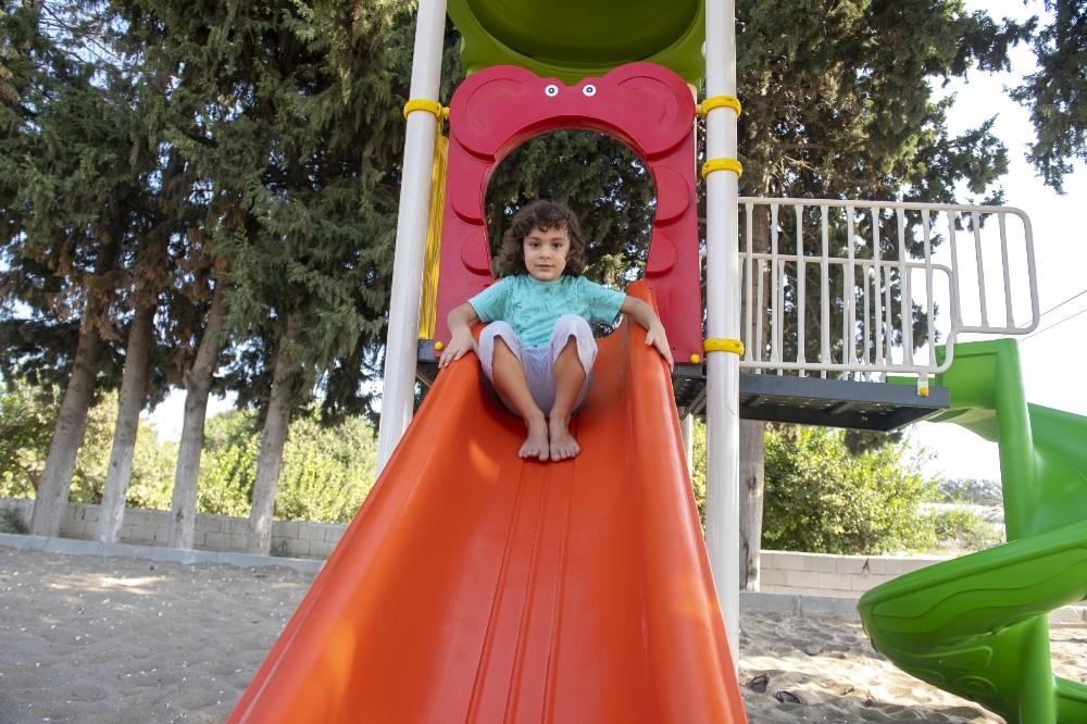Silifkeli çocuklar park istedi, Başkan Seçer yerine getirdi