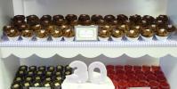 Mini Chocolate Cupcakes and Jelly Shots - Sweet Buffet