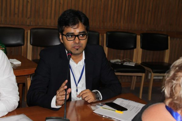 Ankit-Jhanwar-introduces-himself-to-the-members-of-IC-Innovators-Club-1024x683
