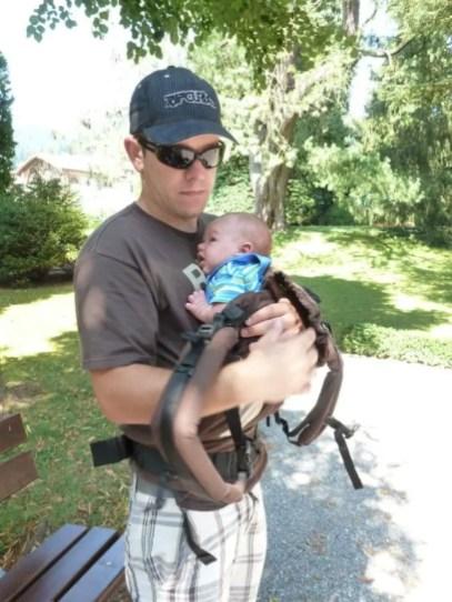 Manduca Anziehen Newborn (6)