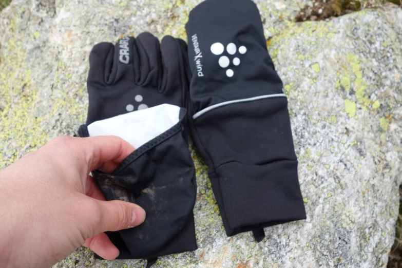 craft hybrid weather gloves 16