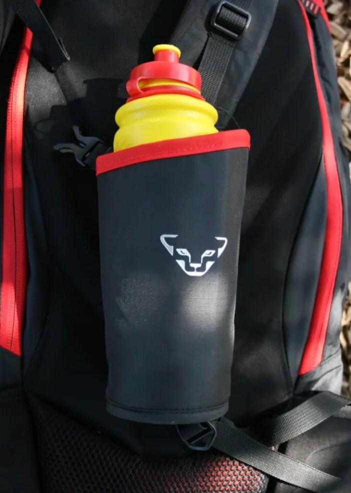 rucksack-dynafit-cho_oyu_trinkflasche