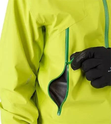 Lithic-Comp-Jacket-Green-Boa-Hand-Pocket