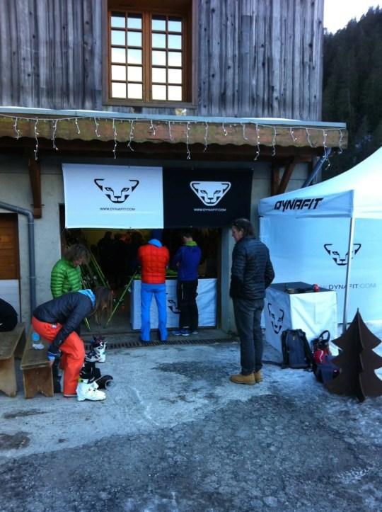 Ski und Schuhe Übergabe