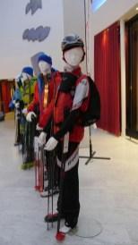 05 30 Jahre Bergsportgeschichte, Dynafit Winterkollektion