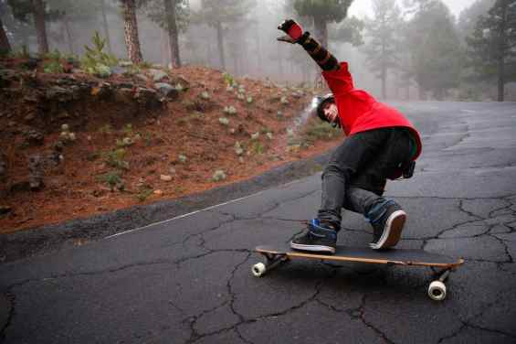 XEO_Longboard_action