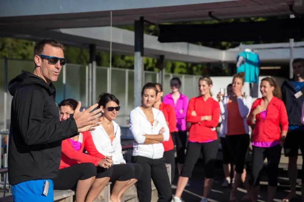 Ein Medienevent zum Testen von Columbia Outdoor Bekleidung beim klassischen oder Stand Up Paddling Yoga mit anschliessendem gemeinsamen Fruehstueck, am Mittwoch, 24. Juni im Seebad Enge in Zuerich. (PHOTOPRESS / Dominik Baur)