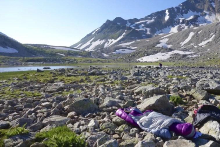 Sierra Designs Backcountry Bed 800 3 Season 25