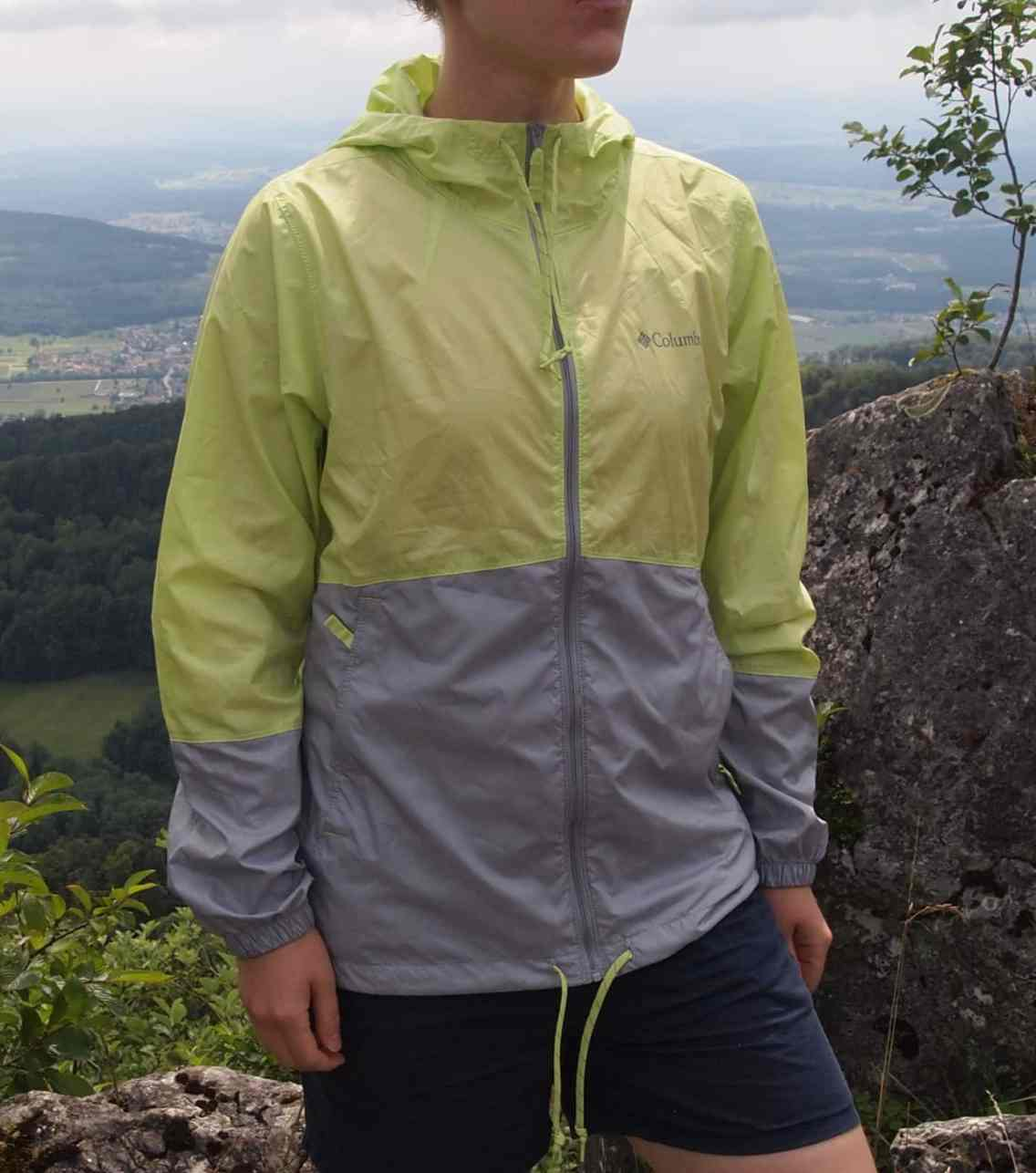 Womens Flash Forwar Windbreaker 01