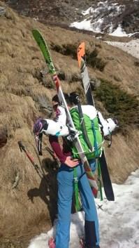 volle Skitourenausrüstung, inkl. Pickel