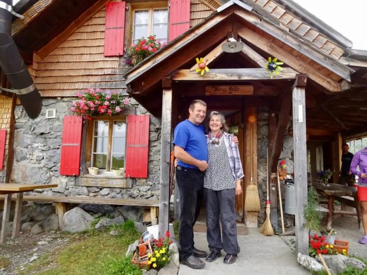 Kreuzhütte mit Ueli und Isabelle Schmitter