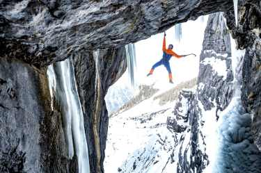 Dani Arnold testet die Mammut Eiger Extreme 2017 Kollektion