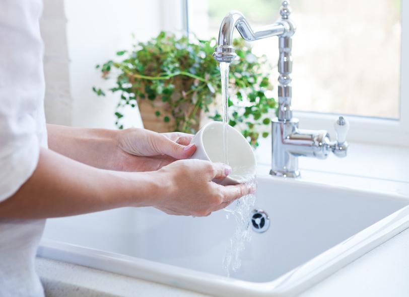 Lästiger Abwasch? Nein - eine Übung zur Stärkung der eigenen Achtsamkeit.