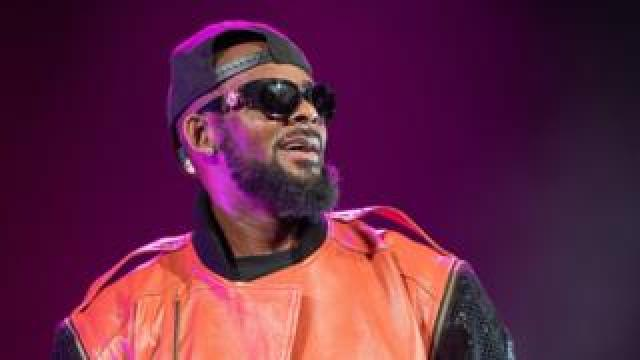 R. Kelly performs in concert at Barclays Centre on September 25, 2015
