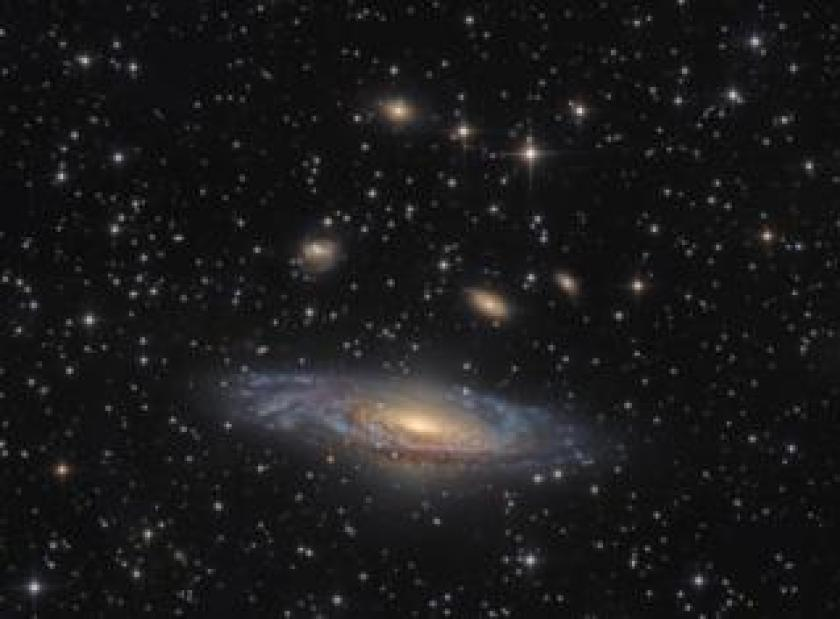 An unbarred spiral galaxy