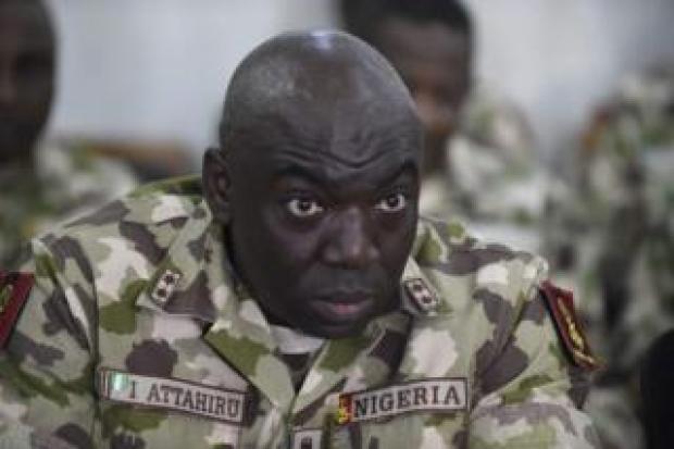 Le major général Rogers Ibe Nicholas remplace le major général Ibrahim Attahiru qui dirigeait l'opération que depuis sept mois.