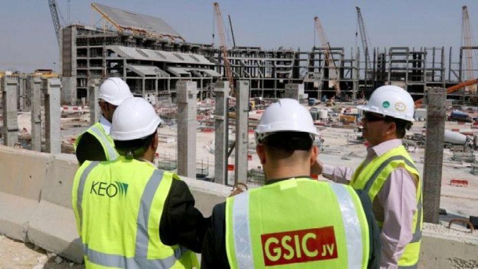 عمال إنشاءات في قطر