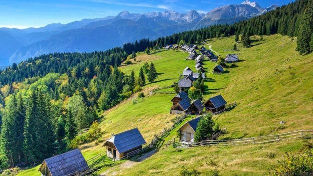 Wooden houses make Bohinj feel timeless