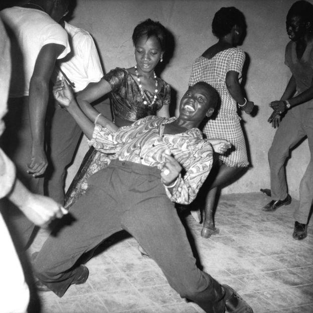 People dancing in Mali 1962