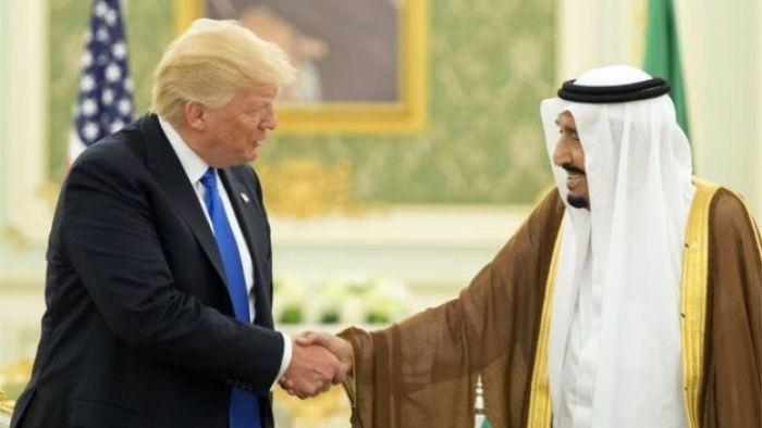 Donald Trump (left) and Saudi King Salman bin Adulaziz al-Saud (20/05/17)