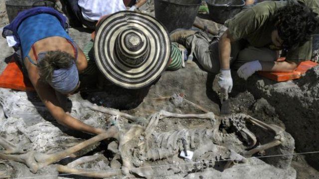 Exhumación de víctimas de la Guerra Civil Española.