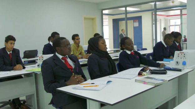 Light Academy'de sınıf.