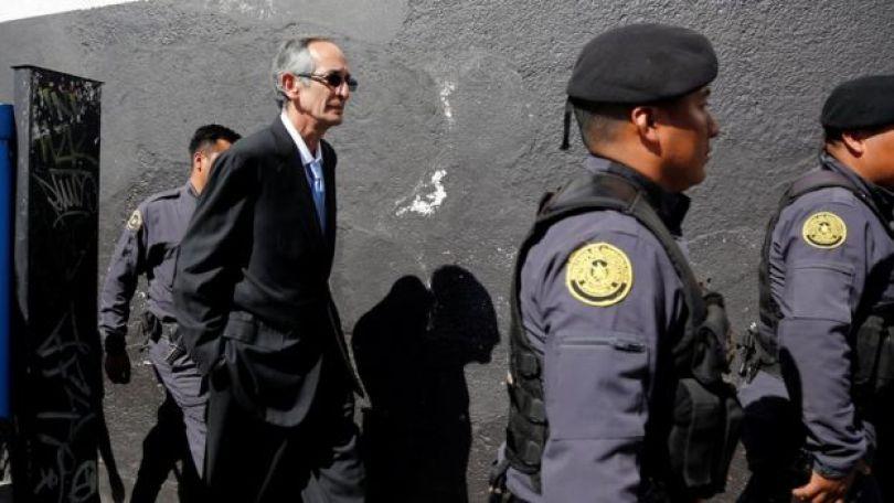 Alvaro Colom chega na Corte em 23/02/2018