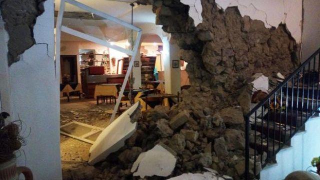Destrozos en el Hotel Vinetum en Casamicciola, el 22 de agosto de 2017
