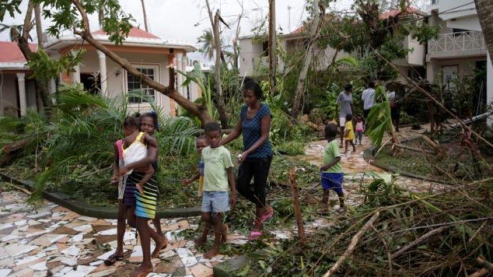 Desalojo de un hotel en Les Cayes, Haití