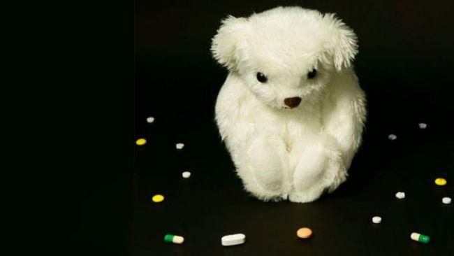 Oso de peluche con pastillas