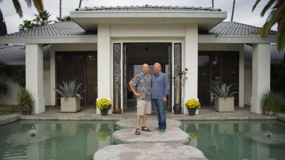Dr Giles Yeo with Robert O Young