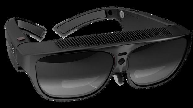 R7 smart glasses