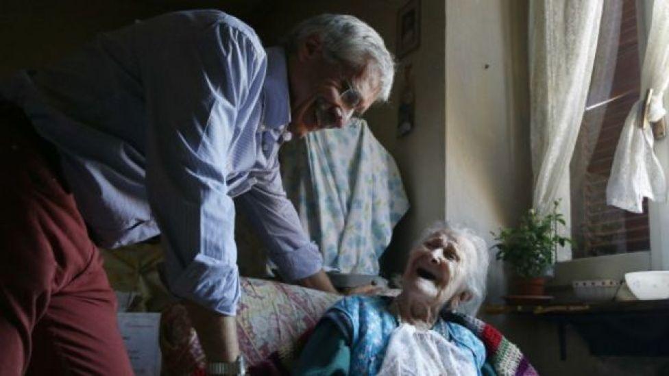 Emma Morano e o médico, Carlo Bava