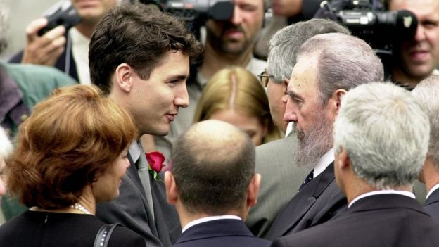 Justin Trudeau and former Cuban leader Fidel Castro at Pierre Trudeau's funeral in 2000