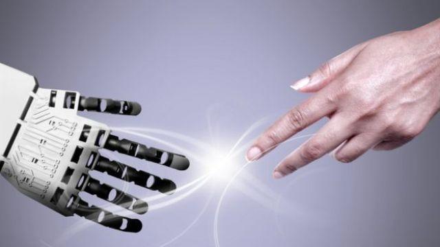 ¿Debemos preocuparnos por el exceso de inteligencia de los robots... ó es más bien su falta de inteligencia suficiente lo que debería inquietarnos?