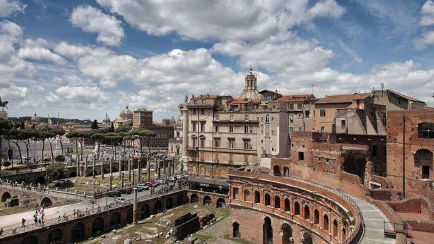 Ruinas da Roma antiga na capital italiana
