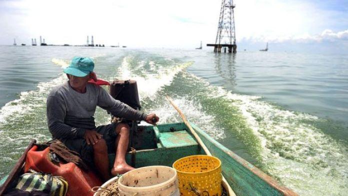 Pescador en Lago Maracaibo