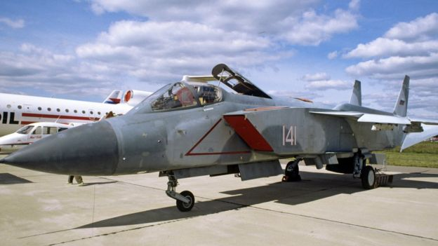 Один из прототипов Як-141 на авиасалоне в Жуковском
