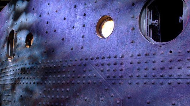 Trozo del casco del Titanic rescatado del fondo del mar