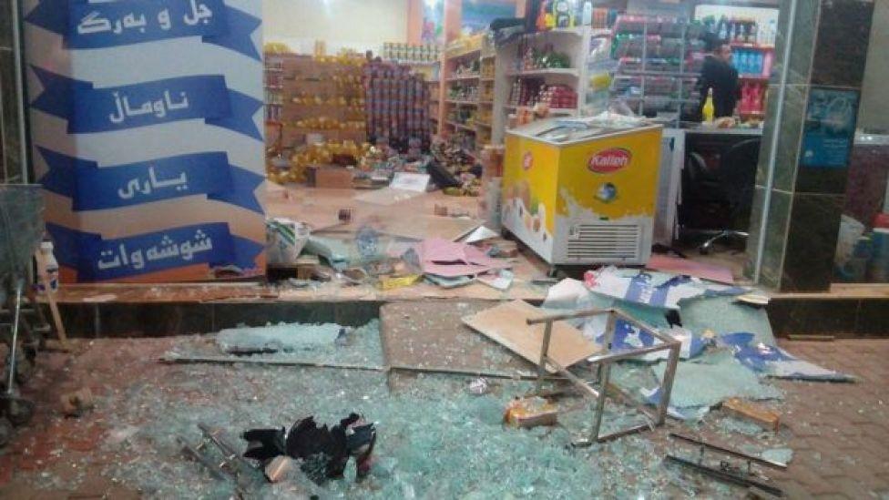 آثار زلزله در فروشگاه در حلبچه در نزدیکی کانون زلزله