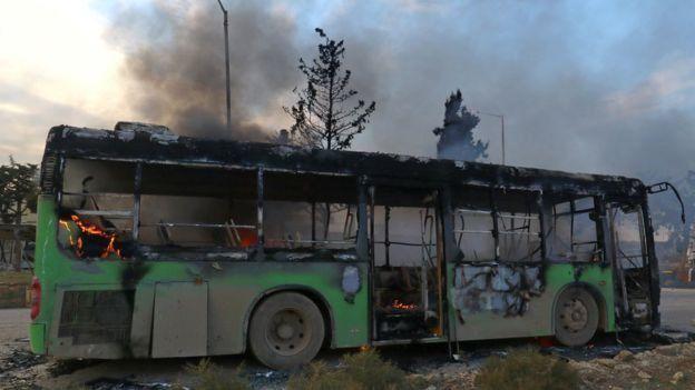 Suriye yakılan otobüs