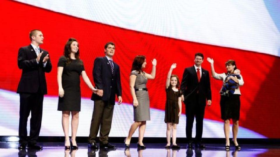 Sarah Palin com seus filhos em 2008