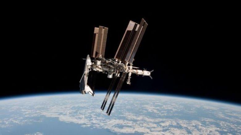 Satélite en órbita.