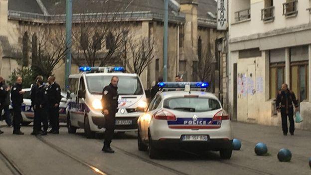 Police in Saint Denis